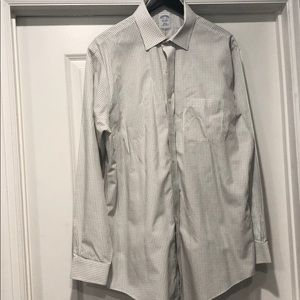 Barely worn Brooks Brothers non-iron button down